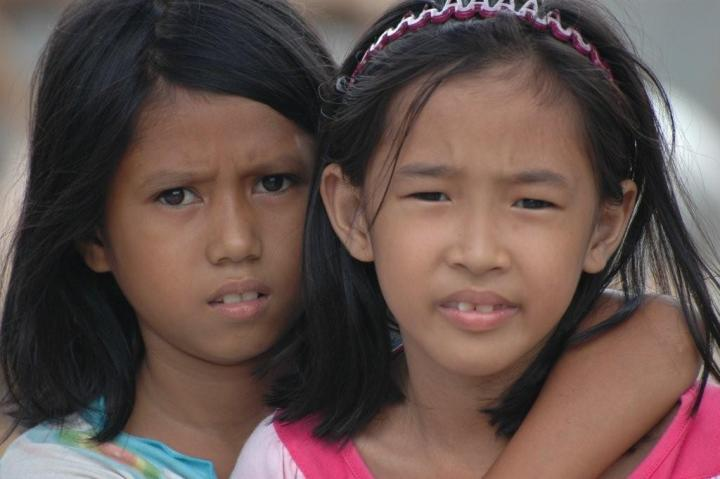 Mindanao, Young Girls.