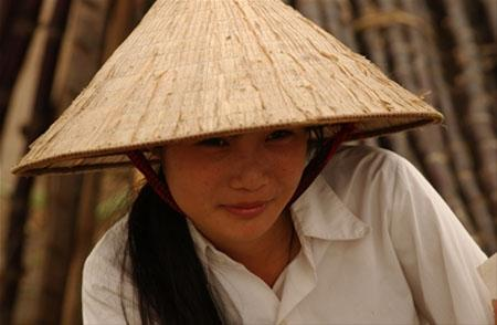 Vietnamese girl with conical hat