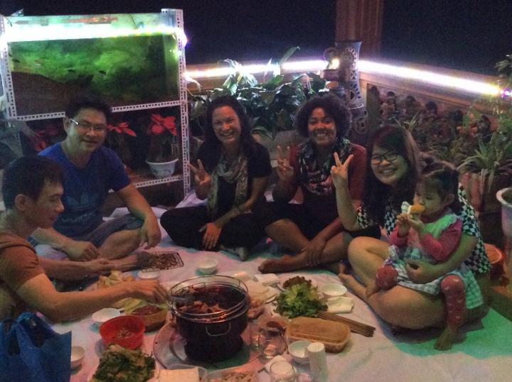 The Vietnamese host family organized a small party to welcome me and my friend to their home. This makes me so happy.