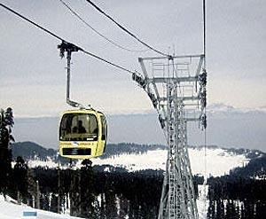 Cable car at Kongdoori in the Indian state of Jammu and Kashmir.