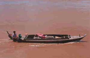 Fishing boat on the Tonlé Sap River