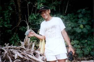 Lobster Hunt on Survivor Island