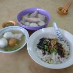 Foochow fishballs, noodles, and yanpi
