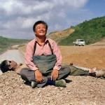 Zhao Hitches a Ride to Three Gorges in 'Getting Home'