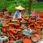 Philippines, Mindanao, Road Side Pottery