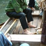 Tujia boat trackers wear special shoes