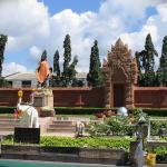 The monument of Queen Chamthewee in Lamphun