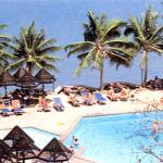 Siam Bayshore Resort. Oceanside swimming pool.