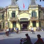Hanoi is full of examples of French architecture, giving the city a feeling of an old French town.