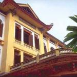 The old French Ministry of Information building serves as the Hanoi Museum of Fine Arts today.